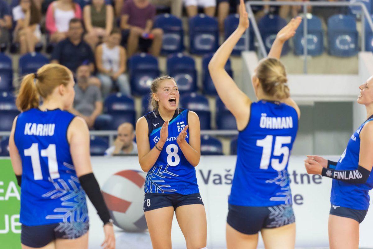 Yleispelaajan tontti ongelma Suomen naisten maajoukkueessa