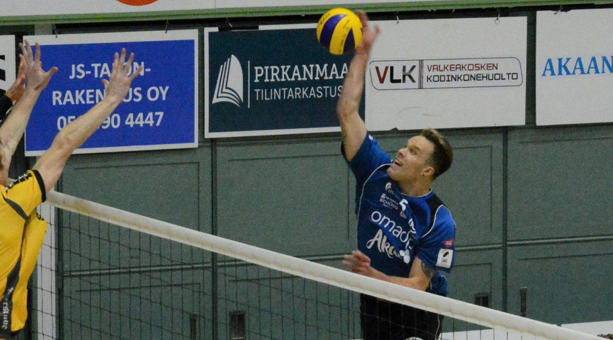 Lentopallon Mestaruusliiga: Urpo Sivula ja Akaa-Volley löivät sarjataulukon halki