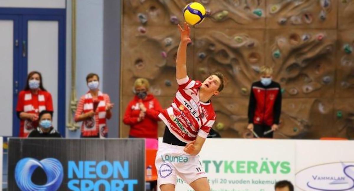 Aaro Nikula: nuori 213-senttinen lentopalloilija on nyt Mikko Eskon luottomies